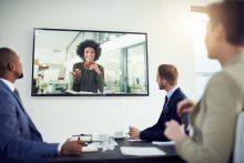 Video-Konferenz mit Geschäftsleuten